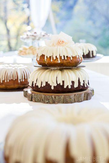 Peach & Birch Wedding-Cake