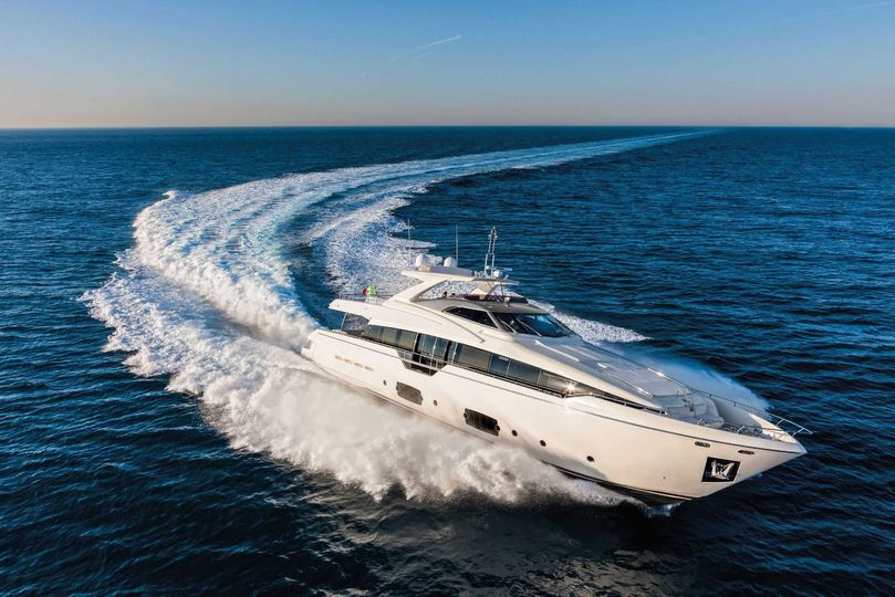 Rent a Yacht for your wedding!