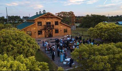 Hacienda Los Robles Bed & Breakfast & Event Venue