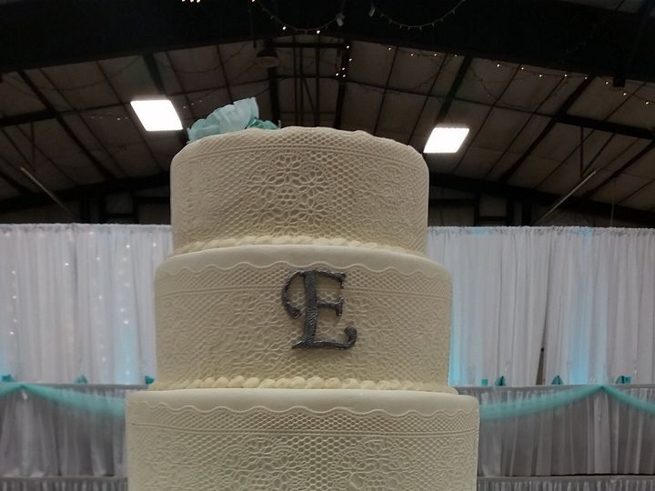 Tmx 1414725043401 20140816154445 Spirit Lake wedding cake