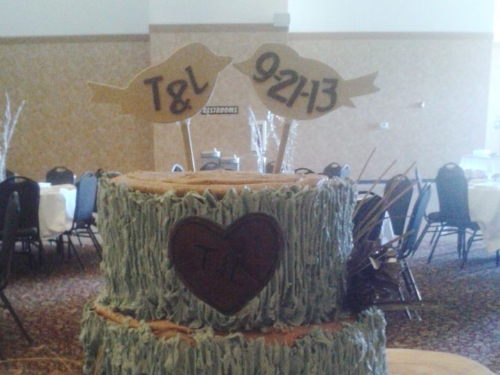 Tmx 1414763561504 2013 09 21 16.04.54 Spirit Lake wedding cake