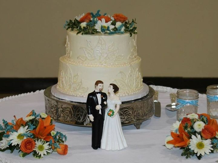 Tmx 1414767410545 103824567622540637946428008947353958650245n Spirit Lake wedding cake