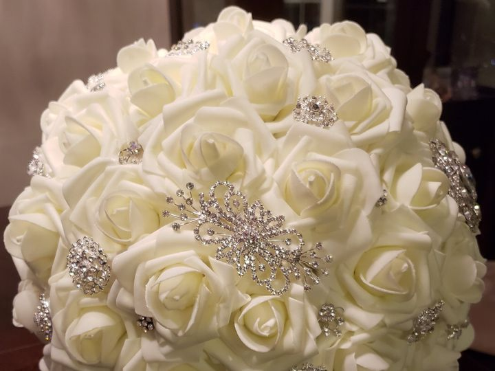 Tmx Cream Crystal Brooch Rose Bouquet 51 1007320 Dighton, MA wedding florist