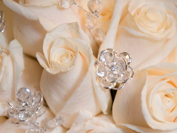 Tmx White Crystal Roses 51 1007320 Dighton, MA wedding florist