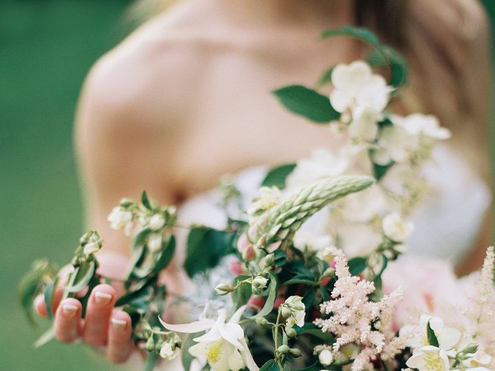 Tmx 1449826330118 700 Lauragordonphotographywoodwedding Salem wedding florist