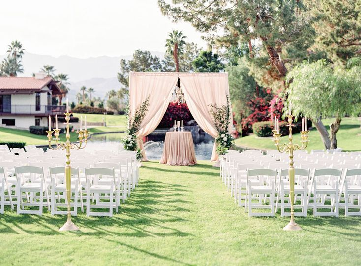Wedding alter, wedding venue, wedding planning, day-of, palm springs wedding