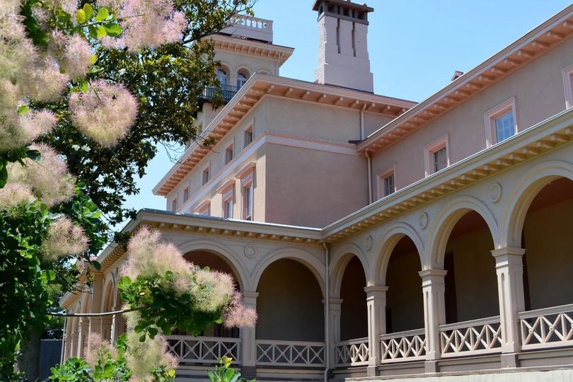 Italianate villa