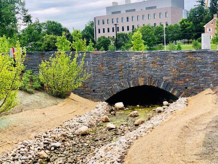 Outdoor bridge for ceremonies