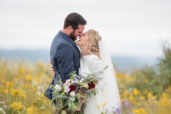 Tmx 1485298977907 1617444211750000358826598759550454657987135n Buffalo wedding beauty