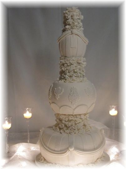 Unique Fake/Artifical Victorian Style Wedding Cake  What a beautiful compliment to your wedding...