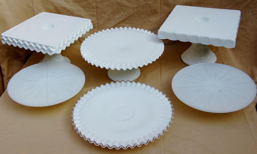 Porcelain dessert platform