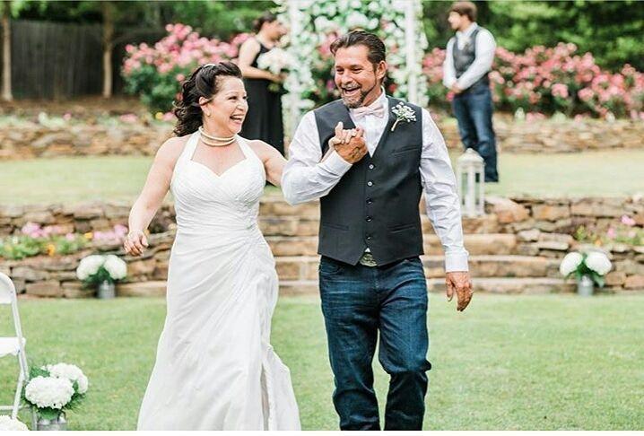 Tmx 1530109150 44a3f0ffd3e9f6a3 1530109149 7f4f0eb9b1d6c834 1530109330804 2 Bride And Groom 3 Sanford, NC wedding venue