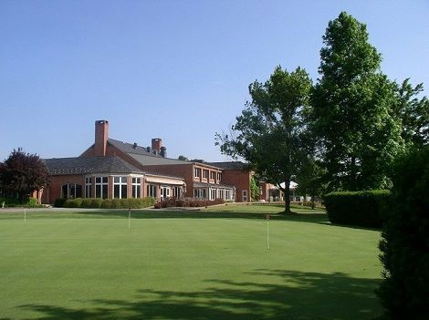 Exterior view of the Chartwell Golf and Country Club