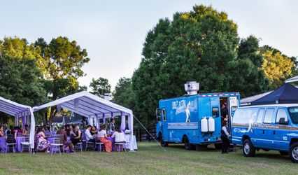 Louie's Bistro Catering & Food Truck Services 1