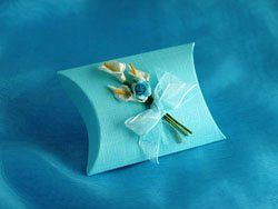 Lily Bouquet Linen Pillow Box  A timelessly elegant box decorated with a bouquet of calla lilies and...