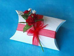 Red Rose Bouquet Pillow Box  For a truly luxurious favour, why not try this embossed ivory pillow...