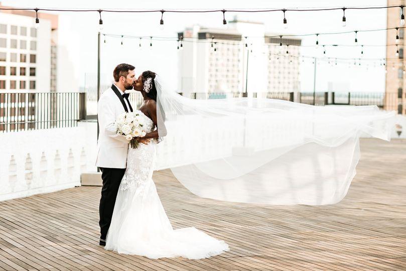 thompson wedding preview 1 51 780620 1572465972
