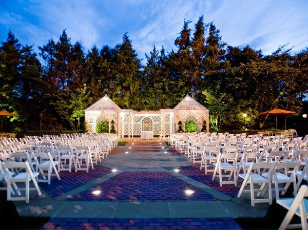 Crest hollow country club venue woodbury ny weddingwire for Outdoor wedding venues ny