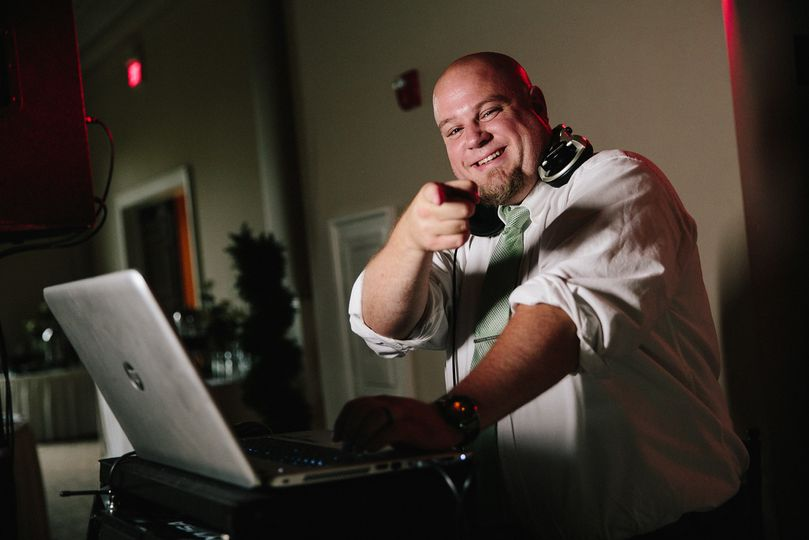 Byron DJing