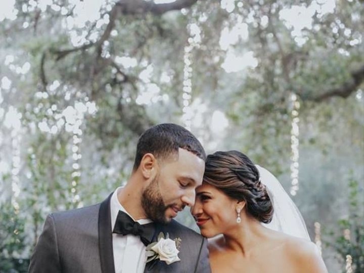 Tmx 1515535134 5c65e8087687a15f 1515535133 F53b6522a517ae2d 1515535131649 4 19145875 102094547 Simi Valley, California wedding beauty