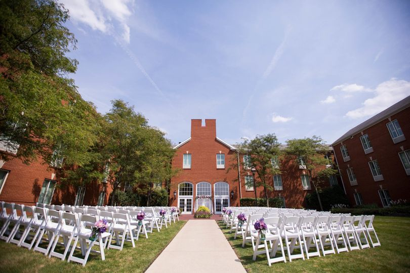 Hotel Courtyard Ceremony