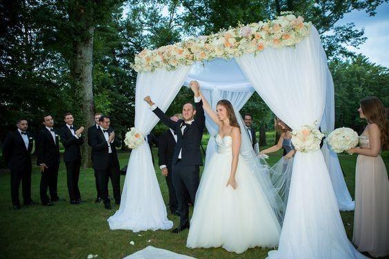 Tmx 1476459369250 8e6ce63b2fd7dfa28d20d05a20a0d743 East Hanover wedding florist