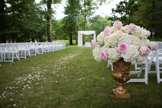 Tmx 1476459380737 866177e34fa6f5a75a84317dc762225a East Hanover wedding florist