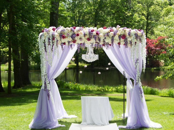 Tmx 1522162664 F53e9639a9ebd999 1522162663 B8b5c17304e3f51b 1522162680482 4 0519 20170521 Kare East Hanover wedding florist
