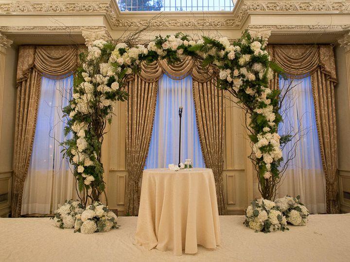 Tmx 1522162698 Ec486043c115e337 1522162697 996cfdb3e7f9a794 1522162714041 7 0918 20171105 Dani East Hanover wedding florist