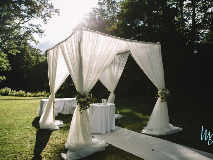 Tmx 1522162728 5c5afb61885b5871 1522162725 34a4c474668aa328 1522162741218 10 FCDW0212 East Hanover wedding florist