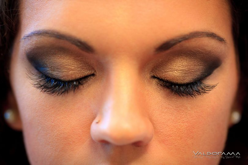 Eyeshadow and lashes