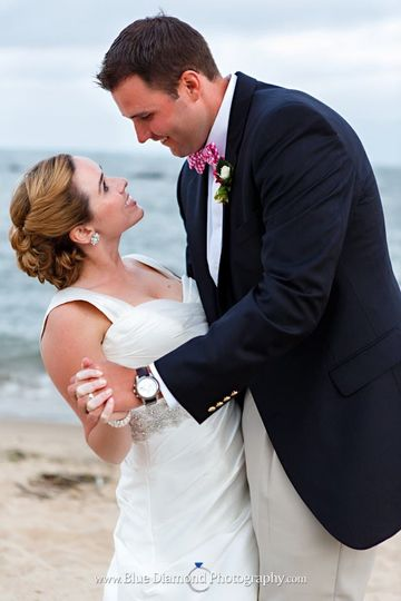 Newlyweds by the beach
