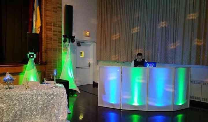 The Specialist DJ Entertaiment