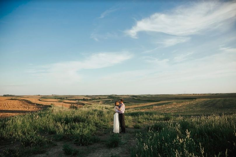 Hilltop newly wed summer photo