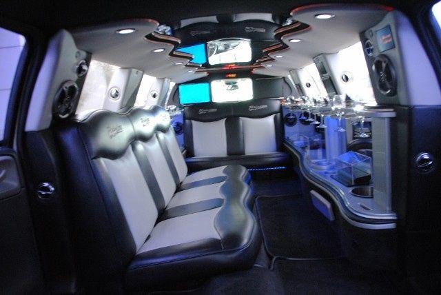 10 Passenger Monte Carlo Stretch Limousine - Interior 2