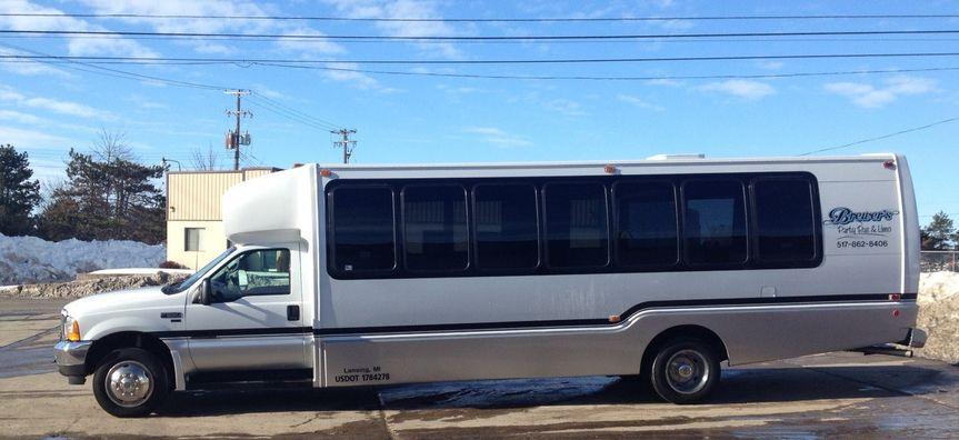 22 Passenger Party Bus - Exterior 2