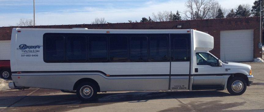 22 Passenger Party Bus - Exterior 1