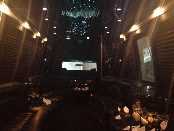 18 Passenger Party Bus - Interior 2