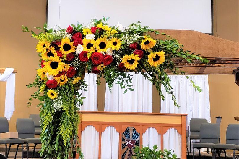 Left Corner Sunflowers & Roses