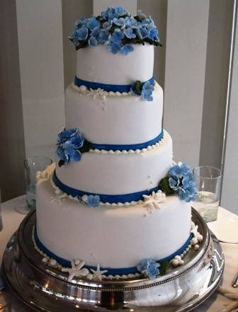 Tmx 1315414836585 Weddingcake Wakefield wedding cake