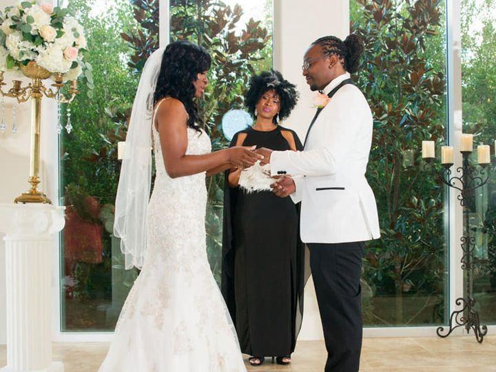 Tmx Larissa Jonathan2 10 6 18 51 951820 162025500799629 Missouri City, Texas wedding officiant