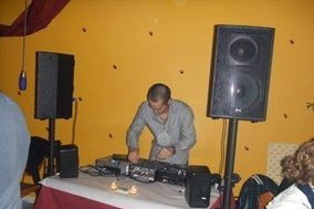 LIMELIGHT ENTERTAINMENT PROFESSIONAL DJ SERVICE