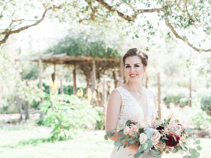 Tmx 1531361949 0ad6da9d9e7707d4 1531361947 370f25d5bad34f4b 1531361936269 31 Hudson Sara Weddi Kyle, TX wedding venue