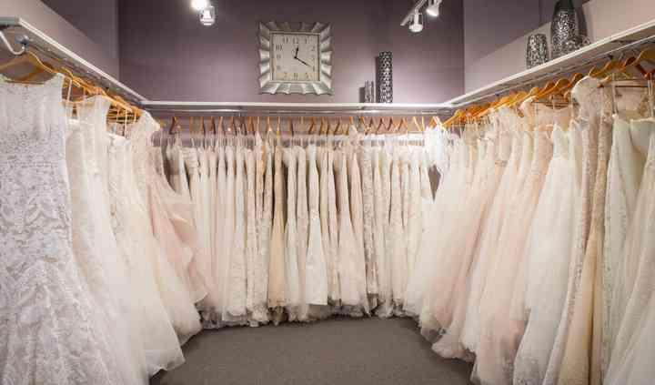 Raffiné Bridal & Formal Wear