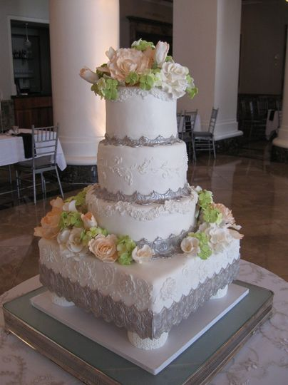 Signature Cakes by Vicki