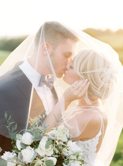 kate nick wyndridge farm romantic film airy wedd