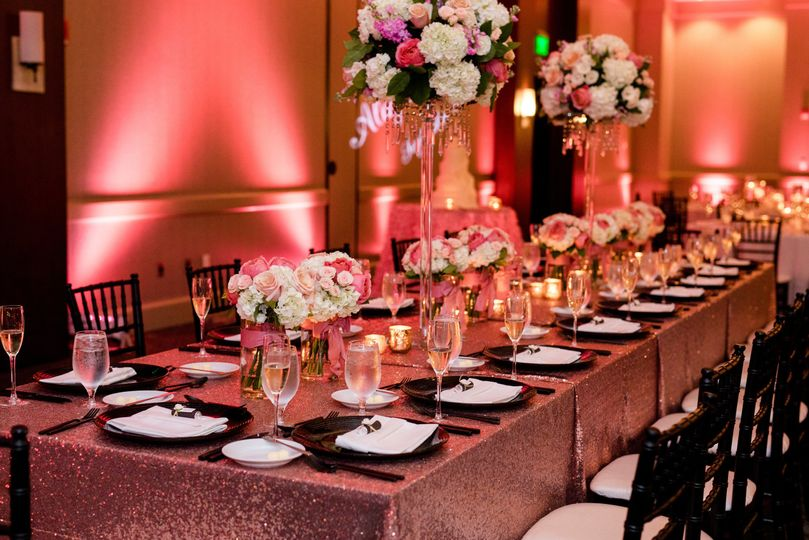 Reception table | Photo by Iris Mannings Photography