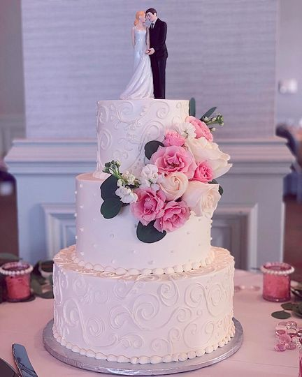 Buttercream weddding cake