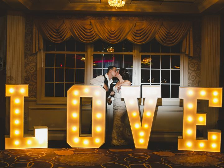 Tmx 1045 51 2920 V1 Springfield, PA wedding venue