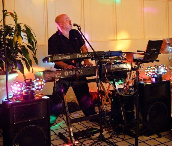 Charlie Roberts DJ & Live Musician